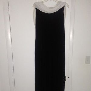 Gorgeous Black/White Evening Gown Size 14